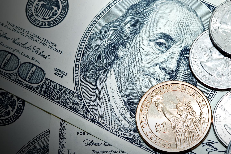 dólar comercial e turismo