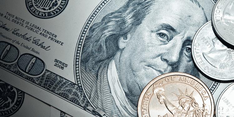 Entenda as diferenças entre dólar comercial, turismo e paralelo