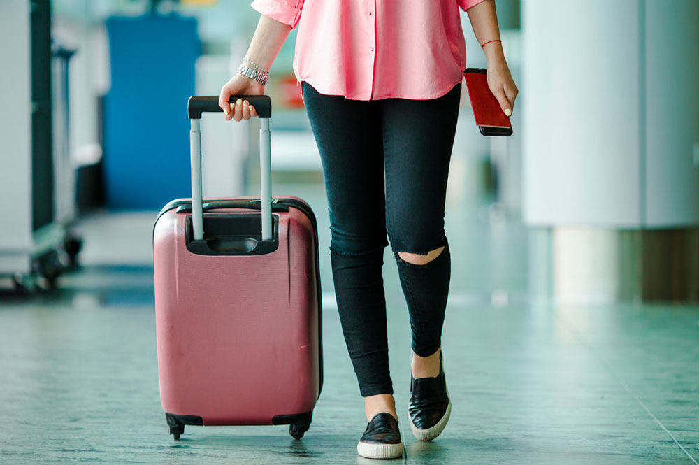 Adicione uma muda de roupa à sua bagagem de mão para em caso de extravio da bagagem despachada.