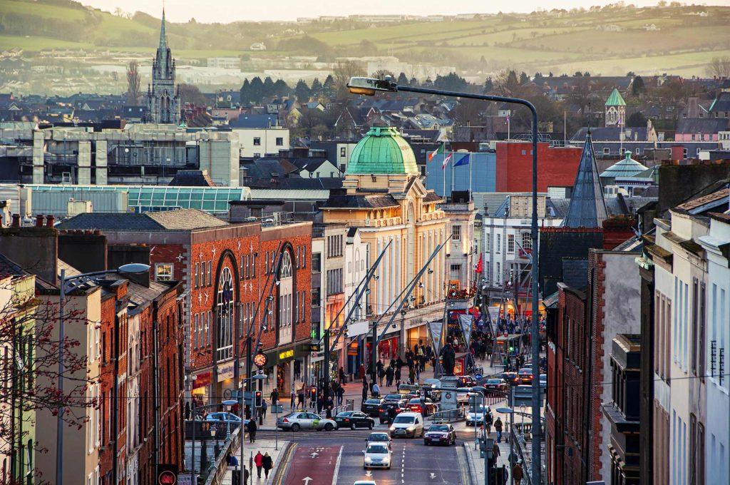 Cork é a segunda maior cidade da Irlanda.