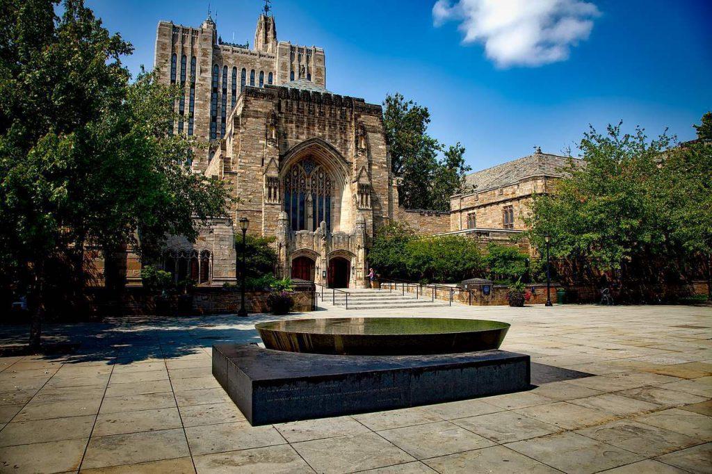Universidade de Yale