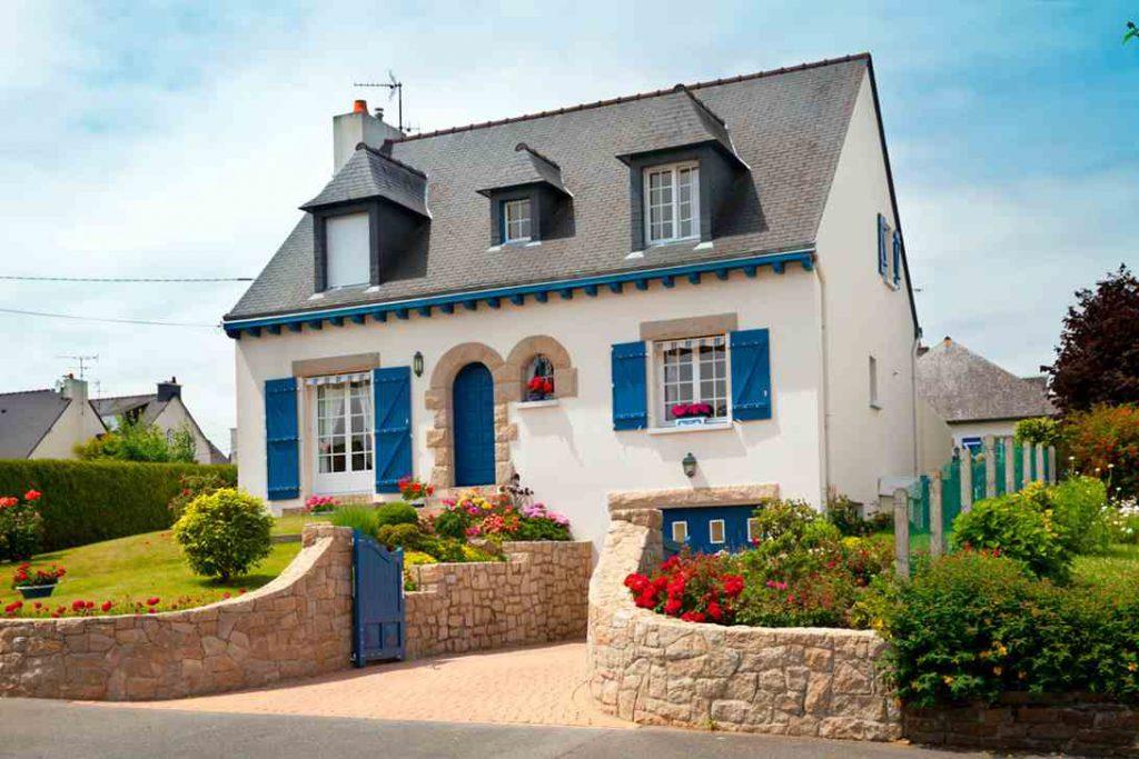 Casa clássica do norte da França