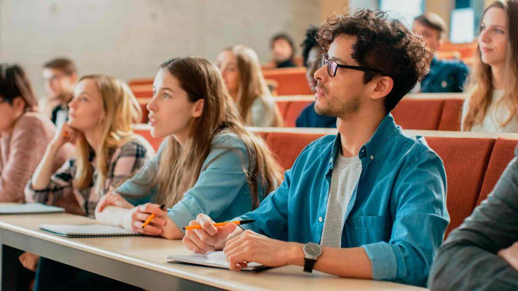Estudantes de MBA no exterior