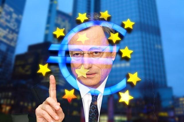 Mário Draghi anunciou a retomada dos estímulos monetários pelo Banco Central Europeu