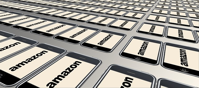 A Amazon, fundada por Jeff Bezos, é a quinta maior empresa dos Estados Unidos