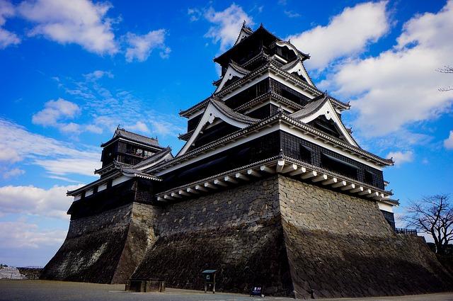 O Castelo de Kumamoto é um dos três principais castelos do Japão