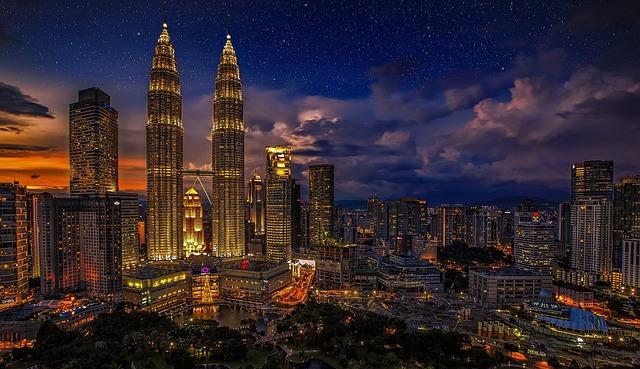 A Malásia é considerado um ótimo país para curtir a aposentadoria pois alia natureza intocada, modernidade das grandes metrópoles e uma cultura milenar.