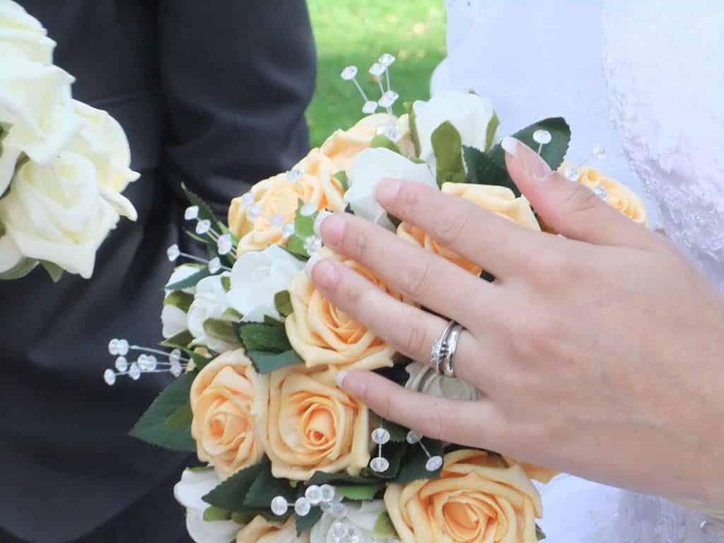 indivíduos casados com cônjuges italianos há pelo menos 3 anos são legalmente naturalizados italianos