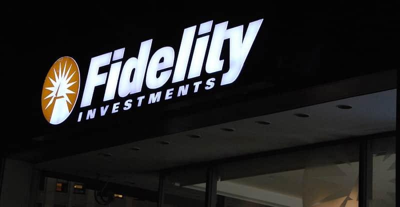 A Fidelity Investments foi a mais nova corretora de investimentos a reduzir a zero suas taxas de corretagem no mercado de capitais norte-americano.