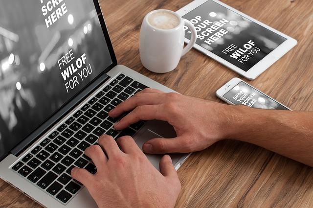 Por meio do Fiverr você pode prospectar projetos em qualquer lugar do mundo