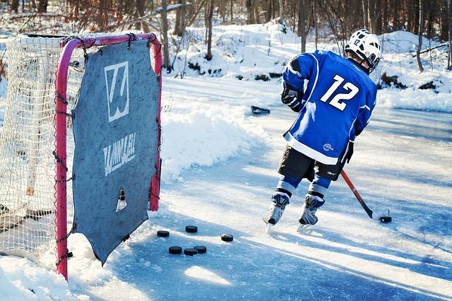 O hóquei no gelo é a paixão nacional do Canadá