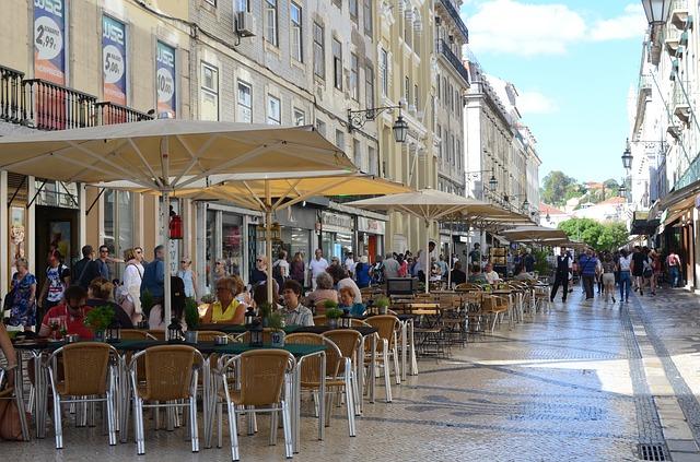 Os portugueses são muito receptivos e adoram os brasileiros que vão morar em Portugal