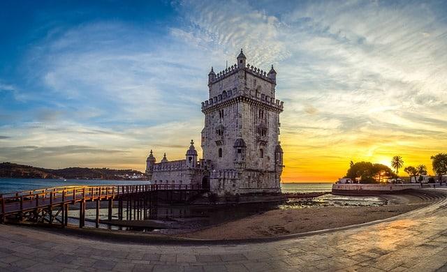 Alguns bancos portugueses atuam de forma distinta e oferecem serviços de contas sem custos