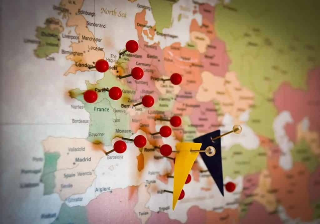 como um cidadão italiano, você tem direito de visitar e até mesmo morar nos países da Europa como um cidadão europeu