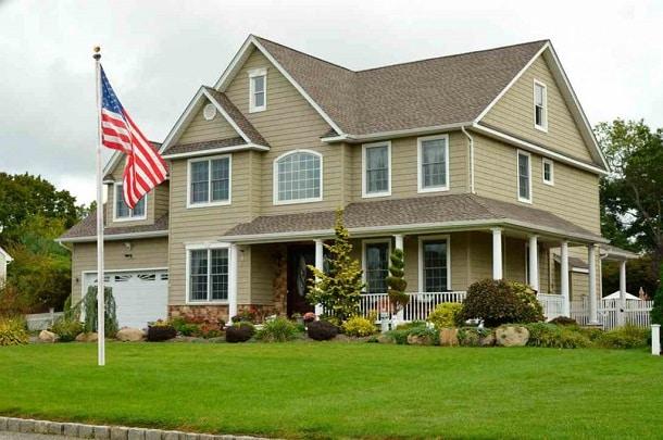 Se a pessoa comprar uma casa à vista nos Estados Unidos, ela pode realizar o pagamento remotamente.