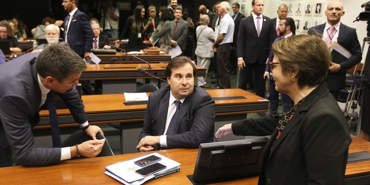 Câmbio vai do otimismo à incerteza na semana. Crédito da foto: Fabio Rodrigues Pozzebom/Agência Brasil