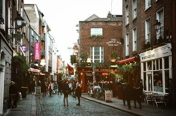 Quem quer morar na Irlanda inicialmente pensa na capital, Dublin, mas o país tem outras cidades maravilhosas que também devem ser consideradas.