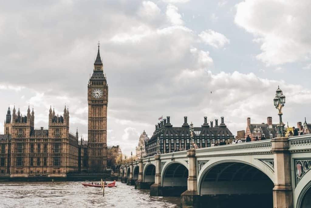 Londres é uma das cidades mais visitadas do mundo.