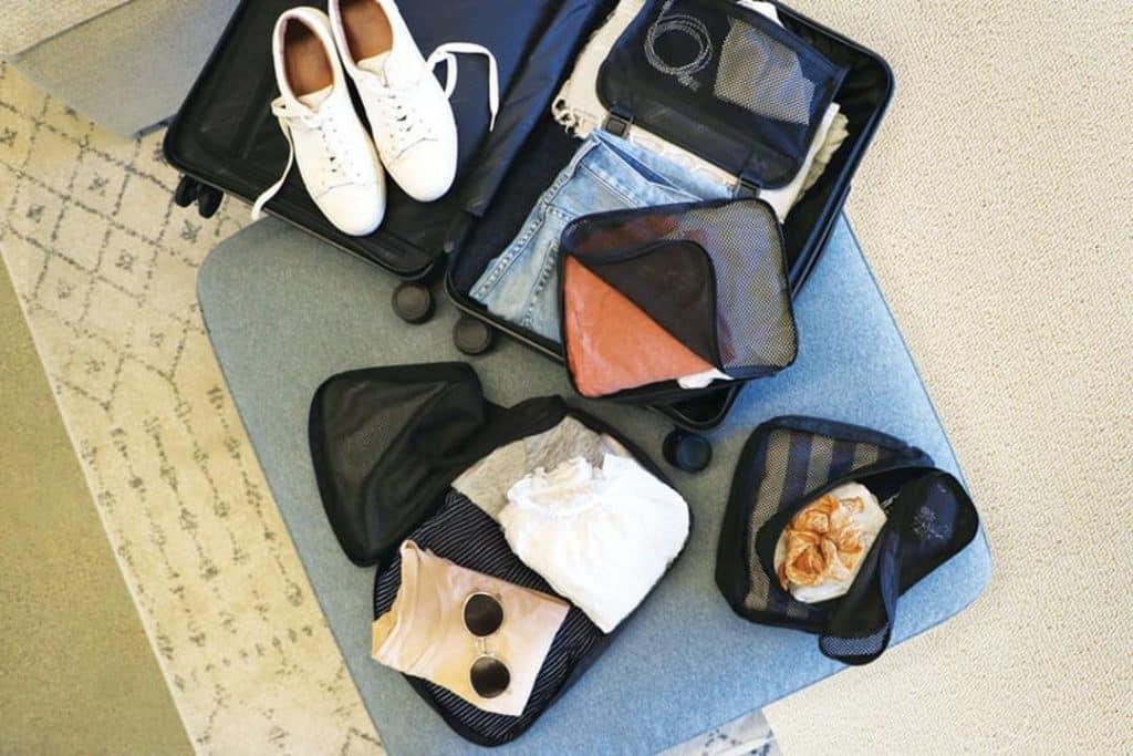 Arrumar corretamente a bagagem para viajar ao exterior é fundamental.Não pode faltar nada mas também não pode levar coisas em excesso.