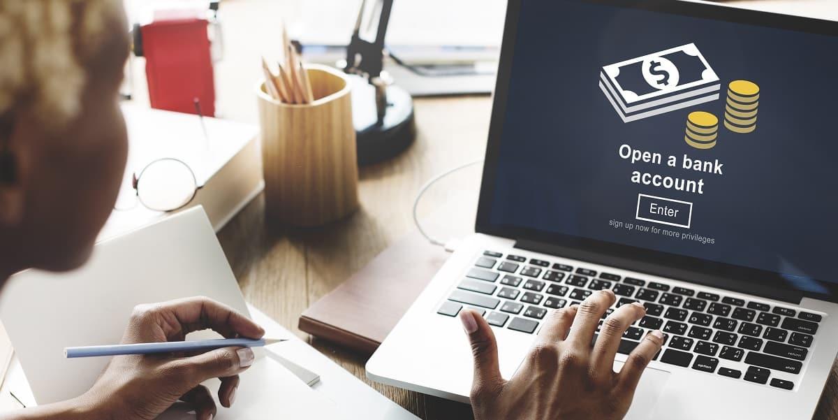 Entenda como declarar sua conta no exterior no Imposto de Renda 2020