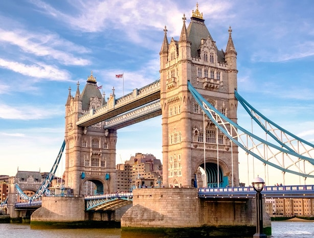 Segundo a Forbes, o Reino Unido é o melhor lugar do mundo para empreender no exterior.