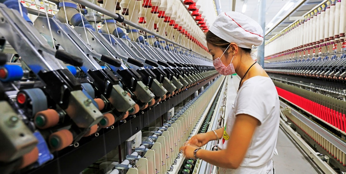 Estabilidade do PIB da China tranquiliza mercado apesar do menor crescimento das últimas décadas