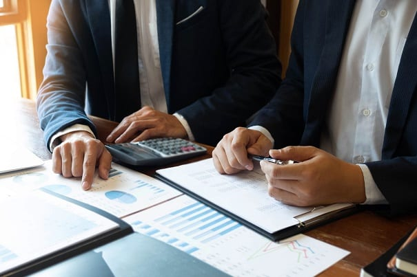 O RDE-ROF serve para registrar as operações envolvendo capitais provenientes de crédito externo concedido a pessoas físicas ou jurídicas residentes no Brasil.