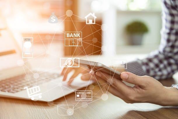 Transferências bancárias costumam ser bem mais baratas quando realizas pelo internet banking ou pelo app.