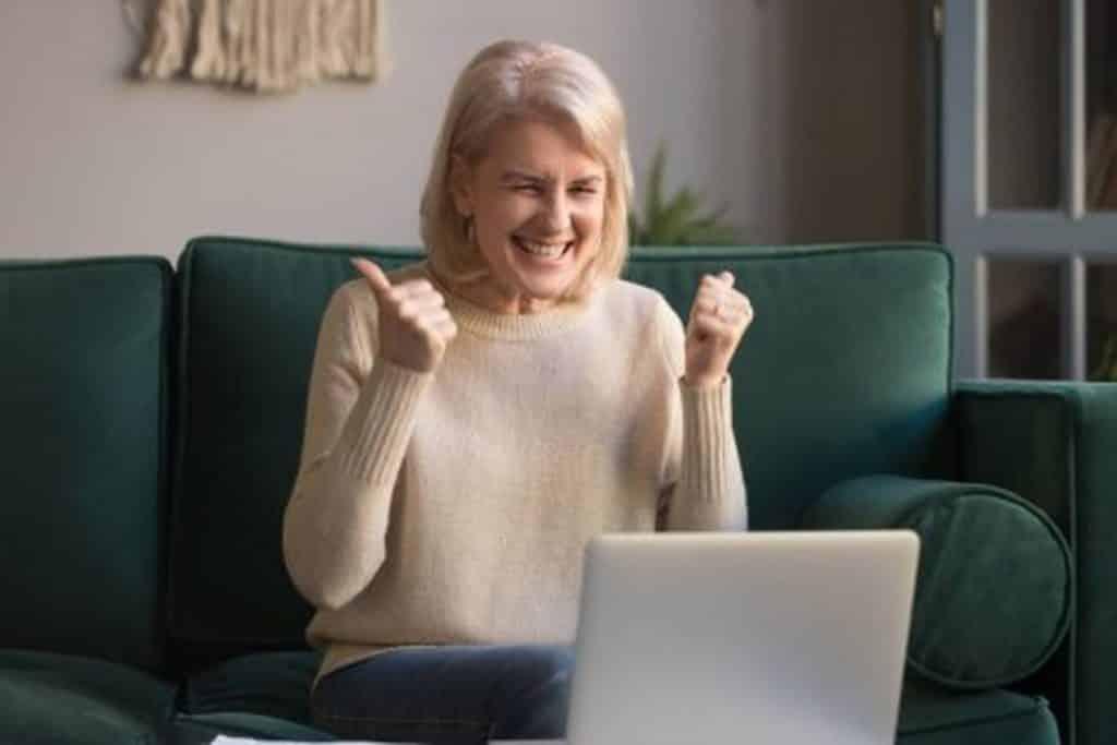 Quer saber como funciona o recebimento de aposentadoria no exterior? Se você pretende morar fora do país como aposentado este post vai te ajudar. Confira!