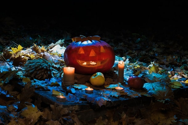 O Halloween, ou Dia das Bruxas, não é um feriado oficial nos Estados Unidos. Apesar disso, a data comemorativa se tornou tão popular que foi incorporada ao calendário de festas a nível mundial.