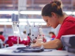 O Brasil tem uma das maiores indústrias têxteis do mundo. Se você trabalha na fabricação de roupas, entenda como seu negócio pode expandir para o mercado internacional.