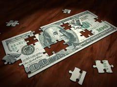 Dólar abre acima de R$ 5,00 em novo dia de forte volatilidade