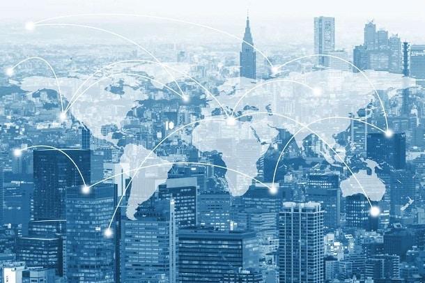 Com o surgimento de plataformas digitais como a Remessa Online, enviar dinheiro ao exterior ficou muito mais rápido e barato.