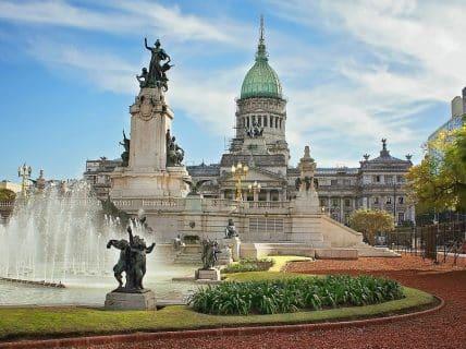 Compras em Buenos Aires veja o que é vantajoso comprar na Argentina