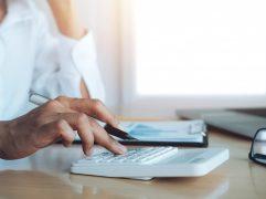 O informe de rendimentos é essencial para o cumprimento das obrigações tributárias. Aprenda agora como ele funciona, e o que é necessário para adquiri-lo!