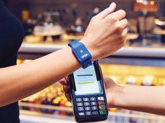 A tecnologia sempre nos surpreende com novidades para facilitar o cotidiano. Assim como a pulseira NFC, que permite um processo ágil e prático de pagamento.