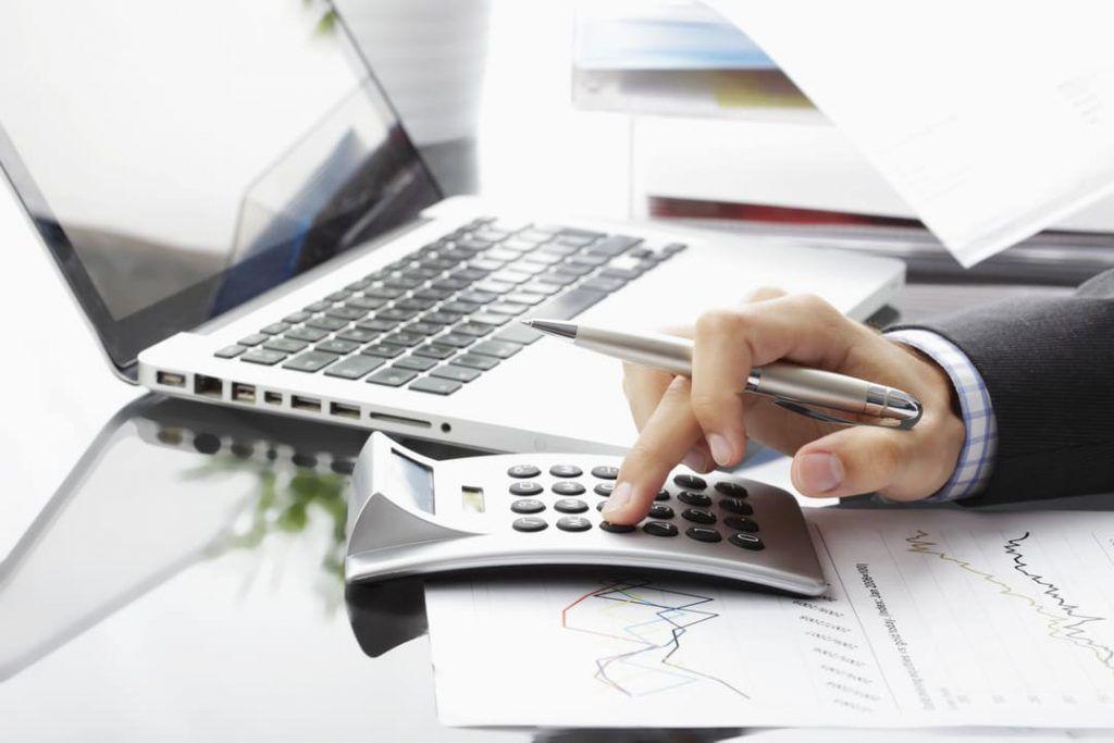 avalie o retorno de mercado 1024x683 - Riscos ao investir: como mensurar riscos e retorno em seus investimentos