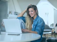 freelancer dicas 241x180 - É freelancer e quer se organizar para 2021? Confira as nossas 6 dicas!