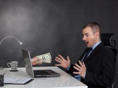 Como receber em dólar do exterior